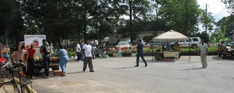 vista of market entrance