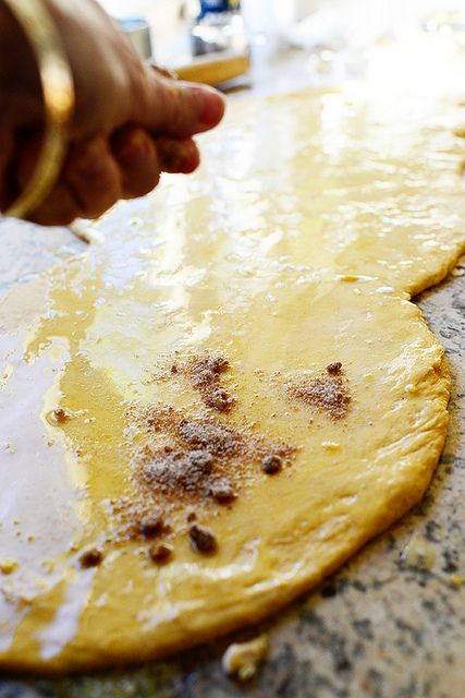 Visit thepioneerwoman.com Pumpkin Cinnamon Rolls Vegetarian • 15 mins to cook • Serves 24